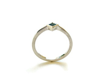 Minimalist Ring, Delicate Square Sterling Silver Ring with Blue Topaz, Dainty silver Ring, Minimalist Square Ring