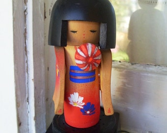 Vintage Kokeshi Musical Doll Made in Japan