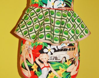 Hostess half apron, 50s rockabilly/retro/vintage/pinup inspired - ALEXANDER HENRY 70s pinup tropical fabric