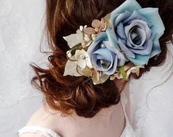 blue hair comb, blue hair clip, floral hair accessory, flower for hair, aquamarine teal headpiece, bridal hair piece, wedding headpiece