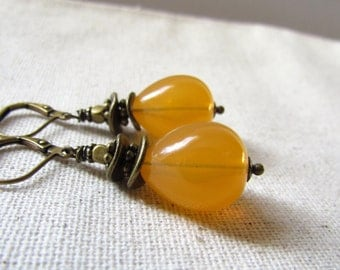 Apricot Yellow Earrings, Vintage Beads, Antiqued Brass, Wire Wrapped, Drop Style Earrings, Pineapple Yellow, Summer Earrings, Yellow Wedding