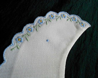 Vintage SWITZERLAND DRESS COLLAR Scallop Embroidery Blue Forget Me Not Flowers Floral Yellow Embroidered Swiss Dot Linen Snap Girl Cotton
