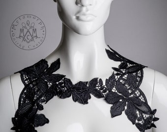 Lace chest harness Black shoulder piece Reversible shoulder wrap Venise lace body jewelry Tribal fusion fashion Gypsy Floral lace collar