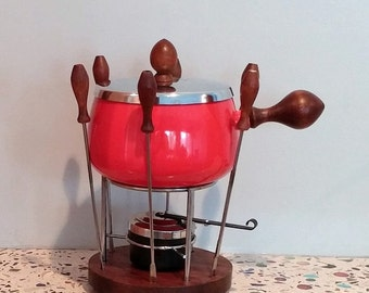 Flaming Red Fondue Set Retro Mod 2 Qt with Original Box