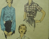 Tailor Made by You Tailored Shirtwaist Blouse pattern Advance 6426