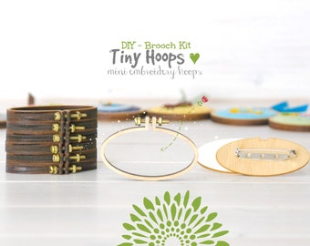 DIY Brooch Kit - Mini Embroidery Hoop Frame with Brooch - 62mm x 34mm Oval Hoop - Miniature Embroidery Oval Hoops - DIY Mini Brooch - Oval