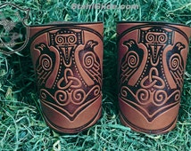 Leather Cuff LARP Bracers Armor Thor's Hammer Mjolnir Vikings Talisman Amulet Nordic Carving Leather: a pair