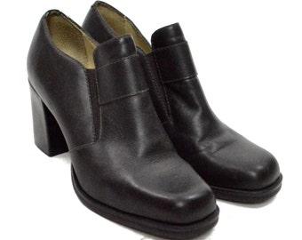 Vintage 90s MIA Leather Dressy Closed Toe High Heel Shoes Sz 8M