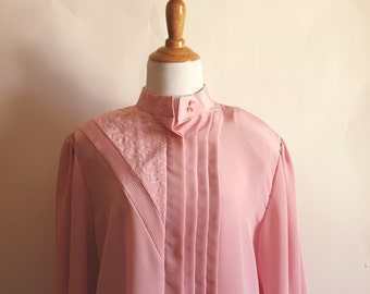 vintage 1980s ladies pink SECRETARY blouse. gailord. mad men. retro. shoulder pads. hipster. rad. buttoned. size 14.