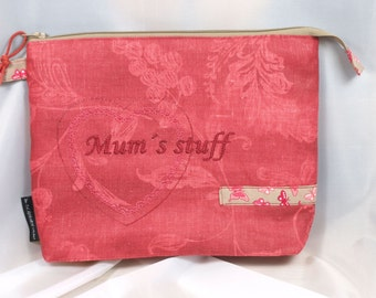 toiletry bag, utility pouch *** MUMS STUFF ***