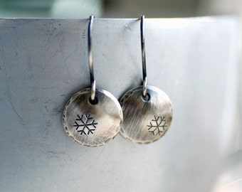Winter Earrings, Silver Snowflake Earrings, Nature Jewelry, Whimsical Earrings, Sterling Silver Circle Earrings, Snowfall, Snowflake Jewelry