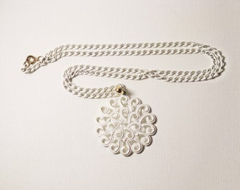 Vintage Long White Enameled Medallion Pendant Necklace (N-2-4)