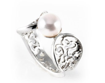 Fabulous Filigree 925 Sterling Silver Ring White Freshwater Pearl Size 5 6 7 8 9 10, white pearl ring, silver pearl ring, freshwater ring
