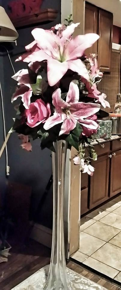 Tall Skinny Centerpiece Vases : Tall tiger lily sweet and wedding flower centerpieces