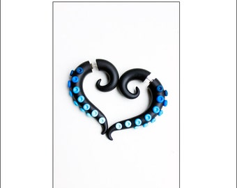 Fake gauge earrings, Octopus fake gauge, tentacle earrings, fake gauge, fake ear plugs, blue earrings, black gauge, festival earrings