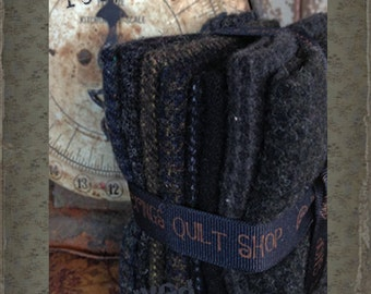 Hand Dyed 100 percent Wool Bundle Color: Raven - Primtive Gatherings
