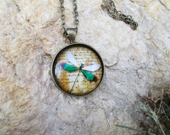 Green Dragonfly Necklace, Dragonfly Jewelry, Dragonfly Pendant, Dragonfly Lovers Gift Ideas, Dragonfly Themed Gifts, Insect Jewelry