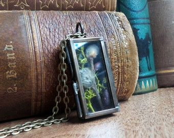 Shadow box terrarium necklace, pussy willow moss necklace, glass locket pendant real plant woodland nature jewelry, girlfriend gift for her