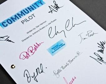 Community NBC Pilot TV Script with Signatures / Autographs Reprint Unique Gift Christmas Xmas Present Film Movie Fan Geek Sitcom