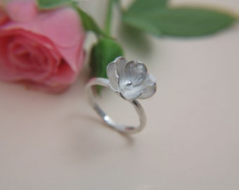 Delicate Flower Ring, Silver Flower Ring, Bridal ring, Bridal Jewelry.
