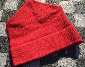 Vintage Wool SKI HAT    Red   1980s