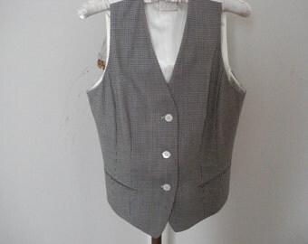 "VINTAGE ""LOREL CLASSICS"" Vest. White and Gray Checkered Vest. Victorian Classic Style Vest. Size - S."