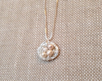 Pearl bird nest necklace, Birds nest, Mother's Day, mom and children, mom gift, freshwater pearls, silver plated necklace