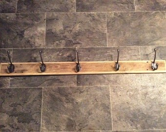Rustic Coat Rack made from reclaimed Pallet Wood with 5 Hooks