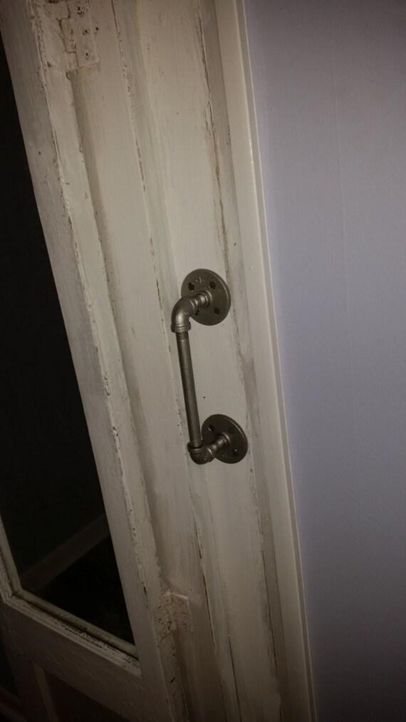 Small diameter industrial steel pipe door pull