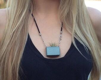 Planter Necklace