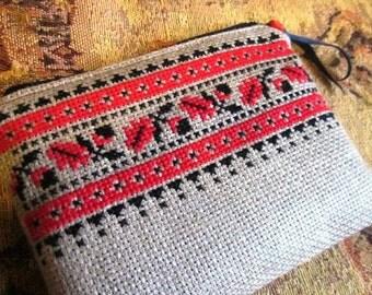 Ukrainian brodery - pouch OOAK Free sheeping