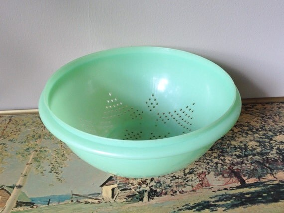 turquoise tupperware vintage sixties plastic colander strainer. Black Bedroom Furniture Sets. Home Design Ideas