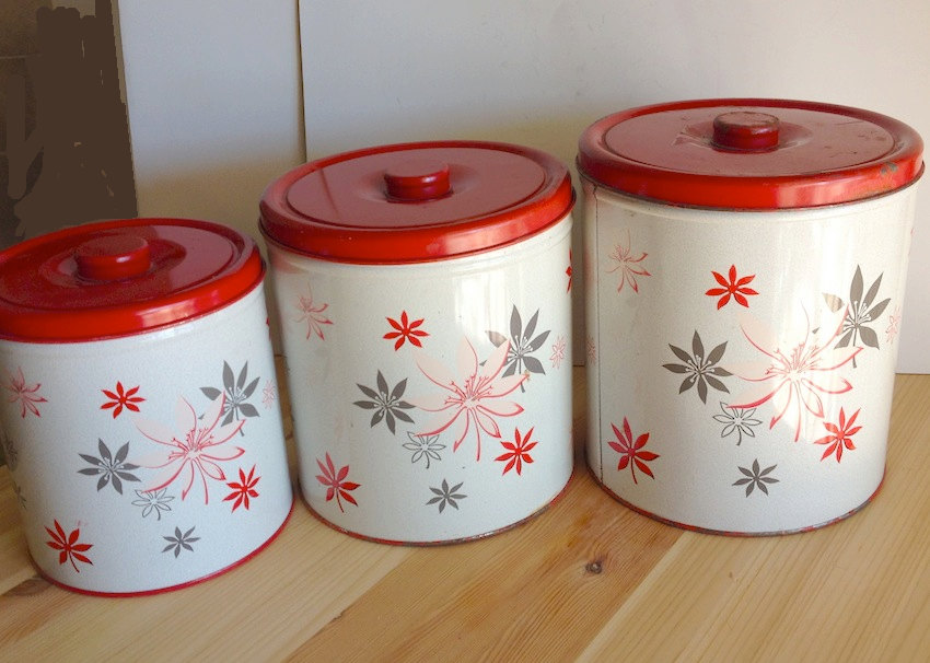 vintage 1950s retro tin kitchen canisters by