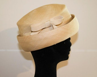 60s original vintage cream bumper hat with ribbon in the side