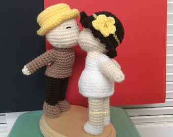 Kissing Lovers Kissing Couple Cake Topper Love Anniversary gift Wedding gift