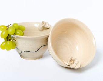 Medium ceramic serving bowl