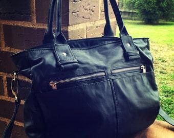 Large leather handmade tote bag.Everyday bag,laptop bag, shoulder bag.Handles and crossbody strap,lots of pockets.Leather handbag