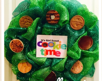Girl Scout Cookie Wreath!
