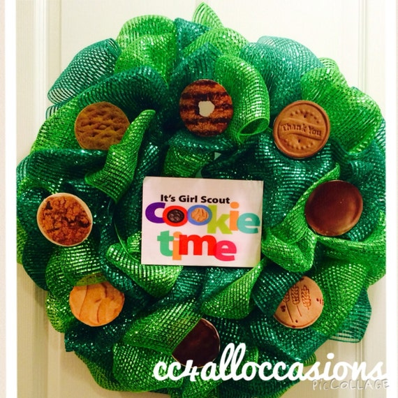 girl scout cookie craft ideas scout cookie wreath 6633