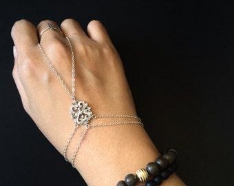 Slave bracelet / hand piece /sterling silver filigree bracelet // boho bracelet / hand bracelet / festival bracelet / boho bracelet
