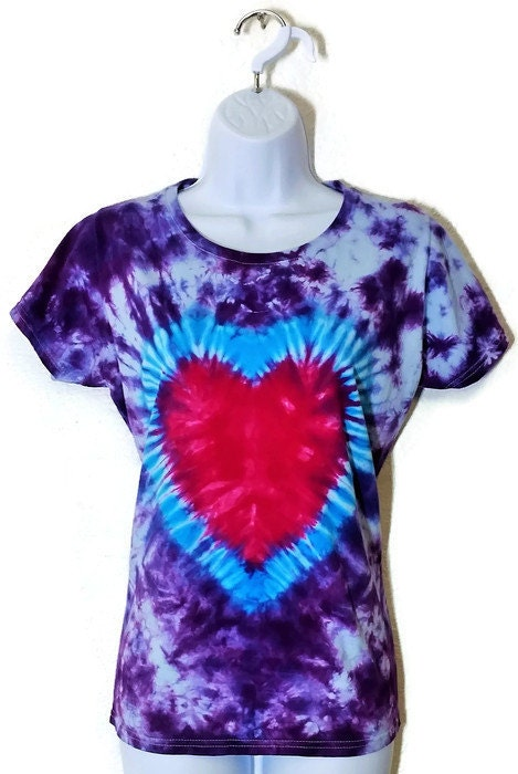 Colortone retails quality tie dye apparel and sells it at wholesale prices. Stylish tie dye retailer, including tie die t-shirts, hoodies, bucket hats, children's clothes .