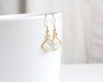 Moonstone - Earrings Moonstone and gold 14 k