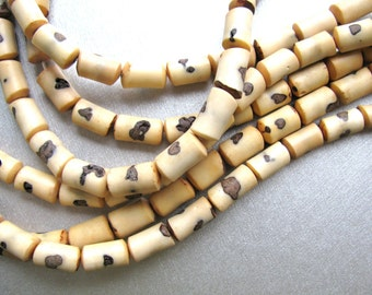 Strand of coconut wood beads, 48 beads, - #59