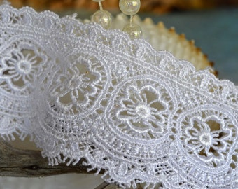 white lace, 5.5cm wide, floral design, trim, embroidered, mirror edges (wh002)