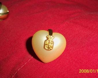 VINTAGE LIZ CLAIBORNE faux pearl pierced earrings...