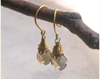 Grey-brown drop earrings brass - wire wrap earring - brown dangle earrings (t783)
