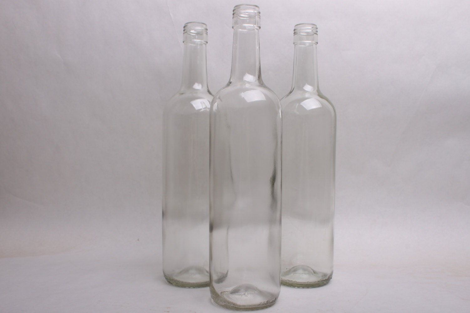 Clear empty wine bottles for any quantity for Empty wine bottles