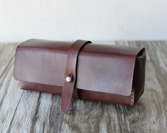 Personalized Leather Dopp kit, Toiletry Bag, Pen Case, Shaving Bag, Cosmetics Bag, Groomsmen Gift, Handstitched, Vege Tanned Leather