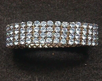 A Vintage Baby Blue Rhinestone Expanding Bracelet with Pronged in Rhinestones in Great Original Condition