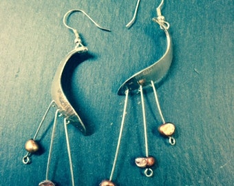 Drop earrings with freshwater pearls